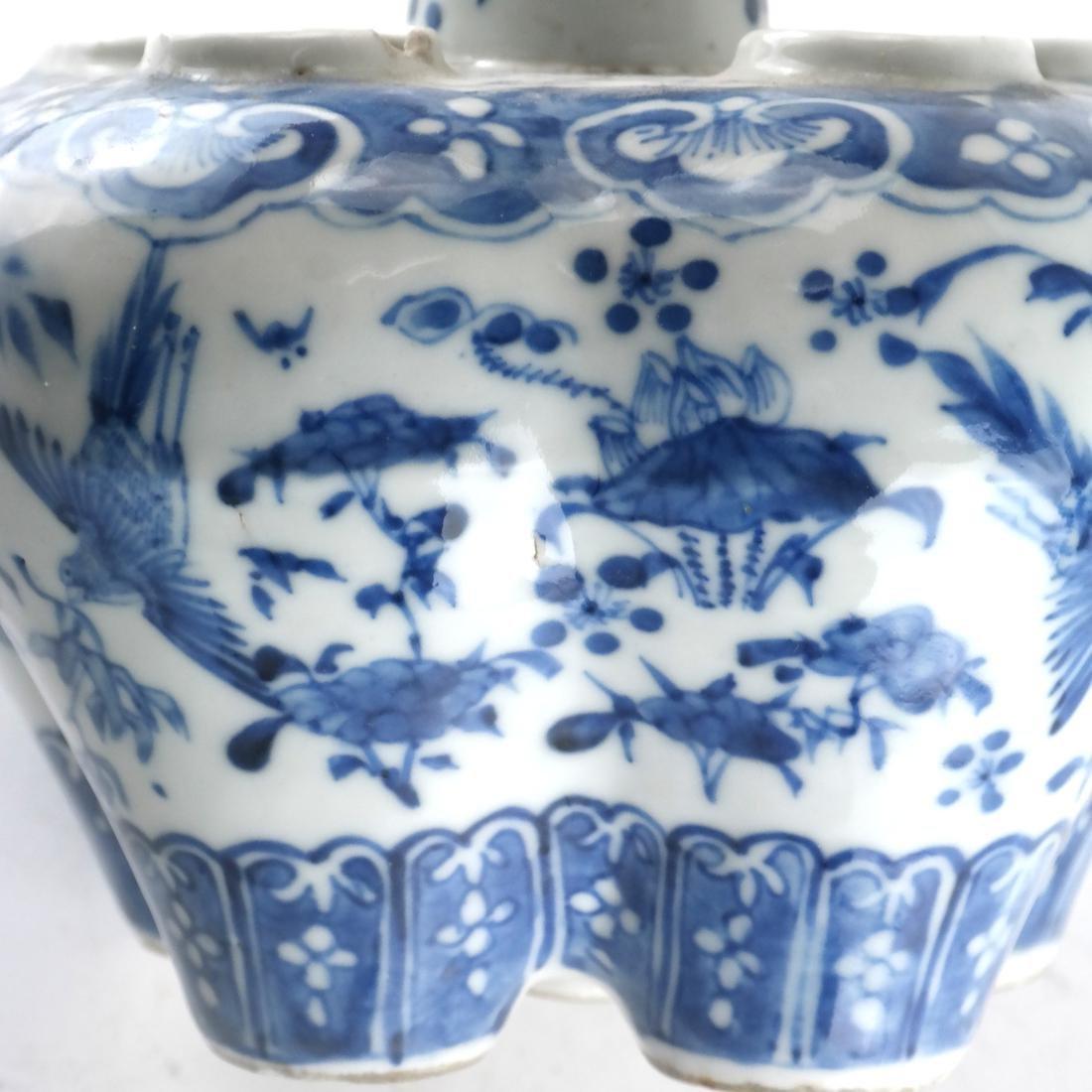 Chinese Porcelain Blue/White Tulip Vase - 5