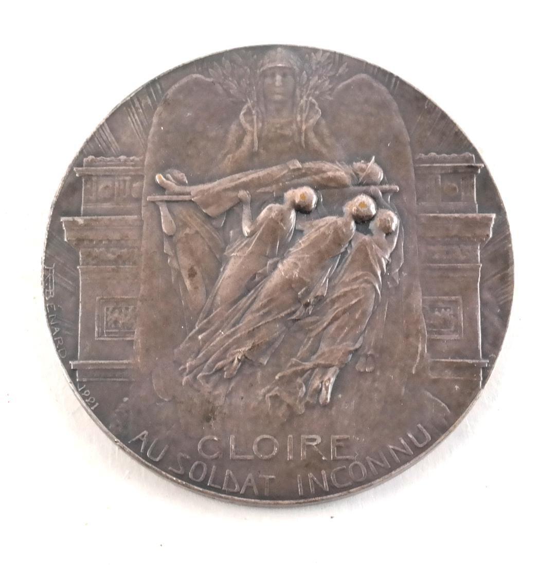Five Art Nouveau Medals & Plaques - 5