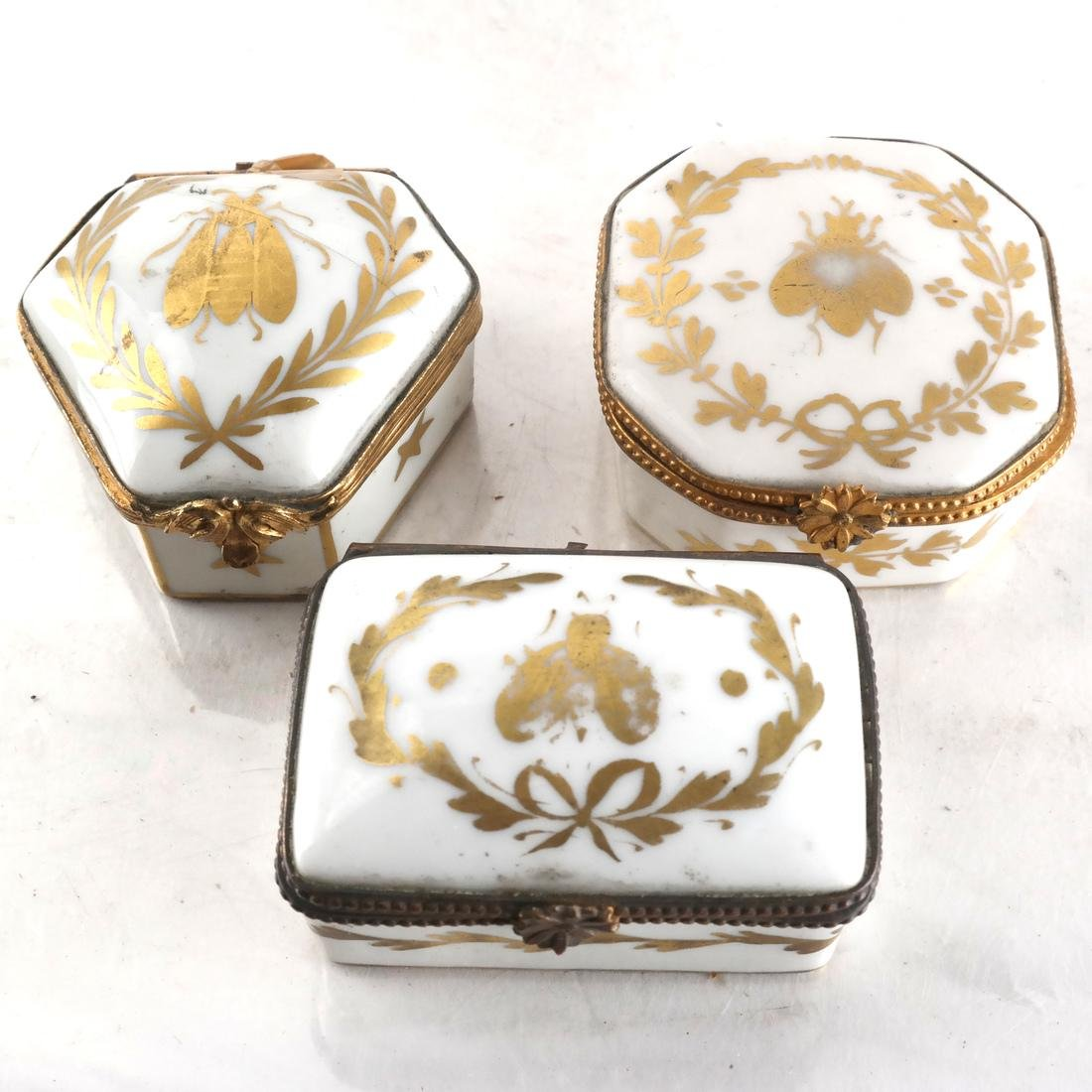 Eight Porcelain Objects - 4