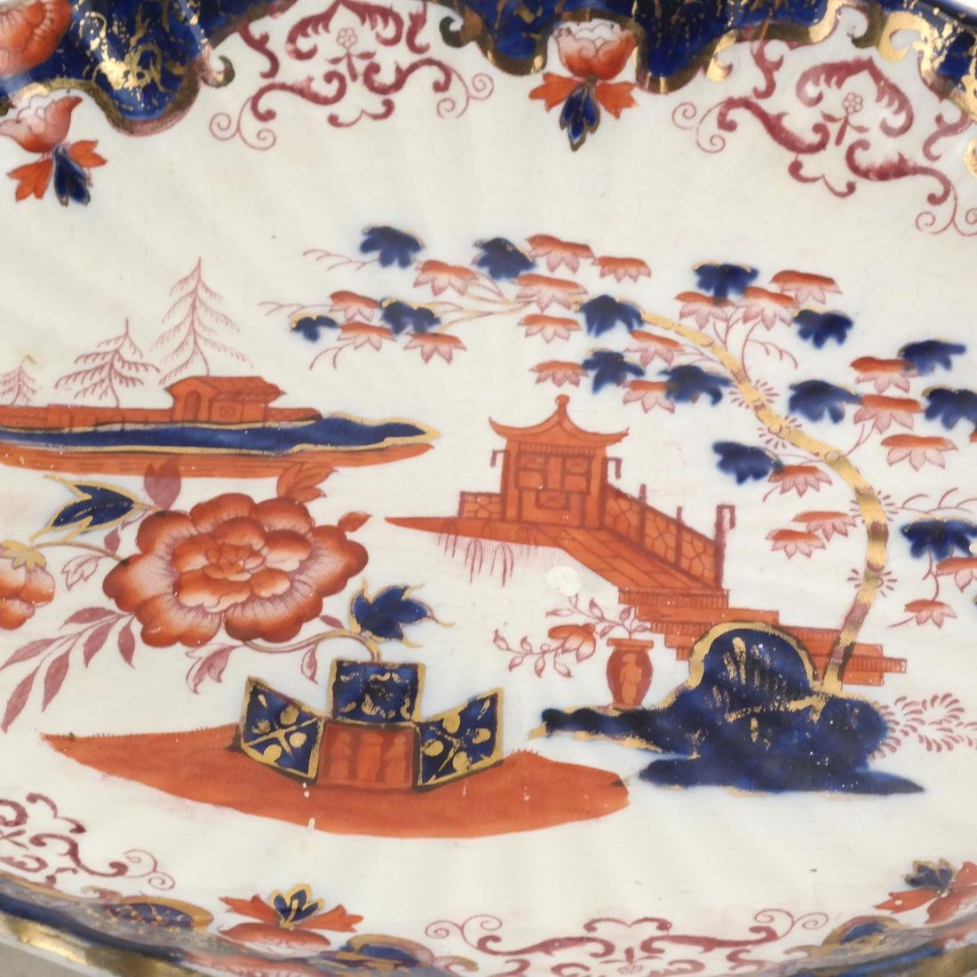 Two English Decorated Dishes - 3