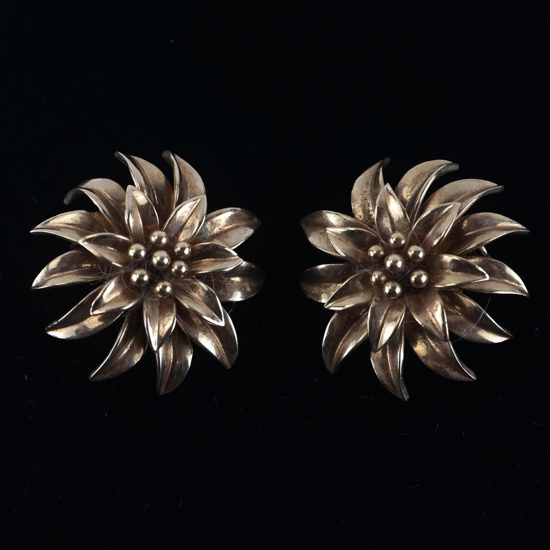 Tiffany & Co. 18k YG Ear Clips - 2
