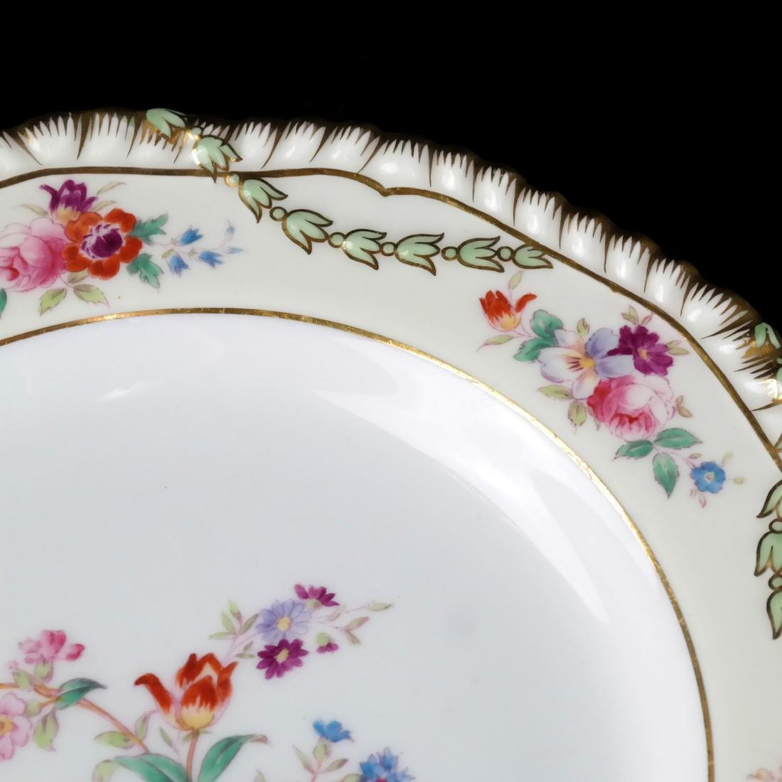 12 Wedgwood Porcelain Luncheon Plates - 4