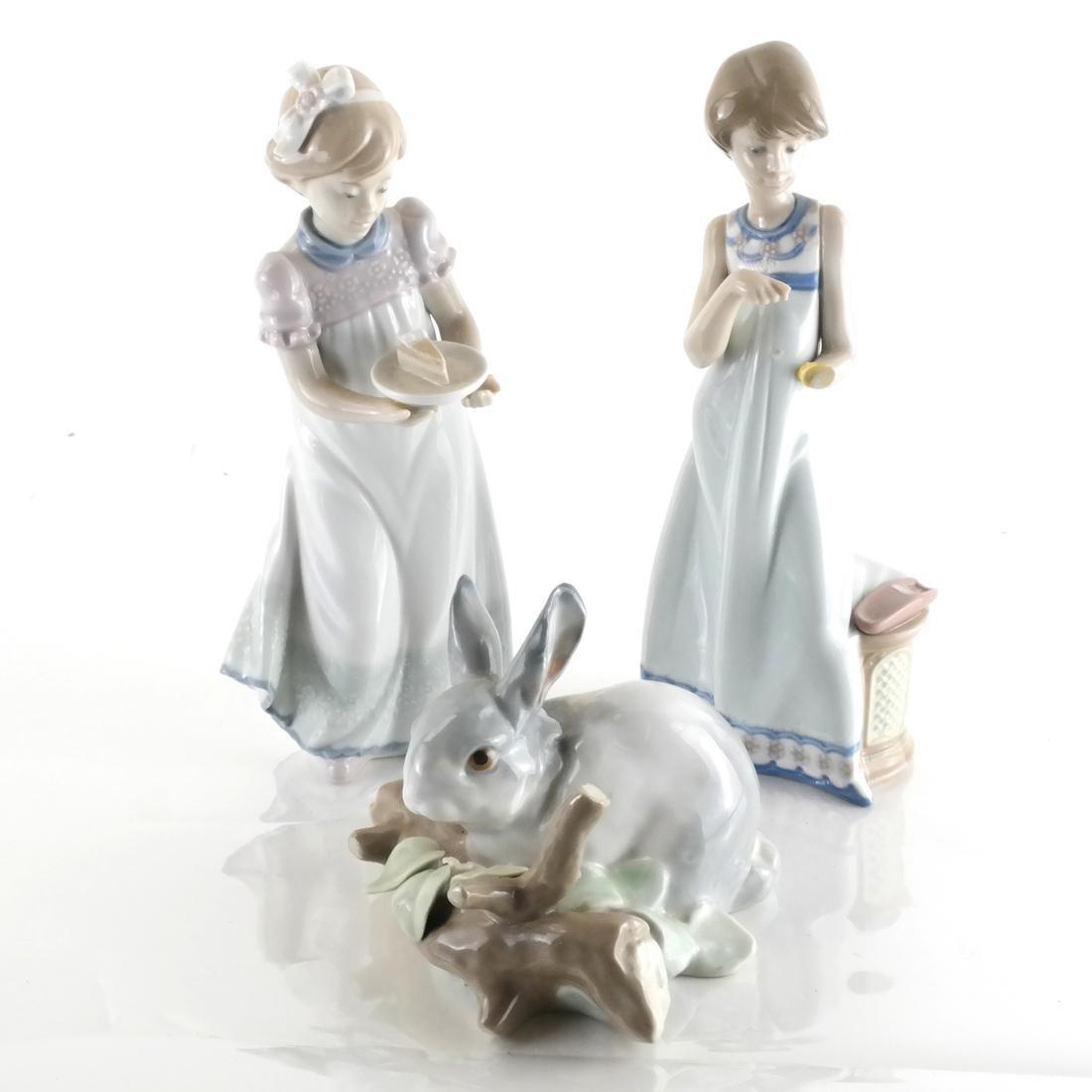 3 Lladro Porcelain Sculptures