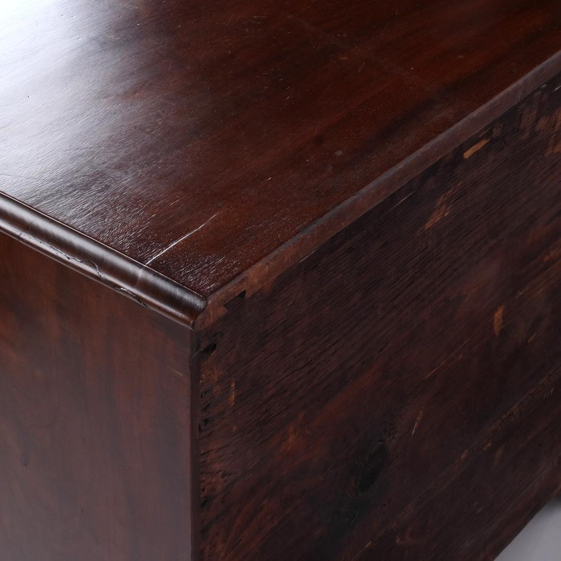 18th C. American New England Kneehole Desk - 4
