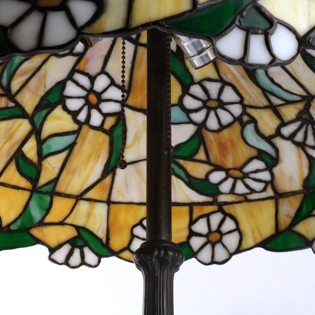 Tiffany-Style Leaded Stained Glass Lamp - 3