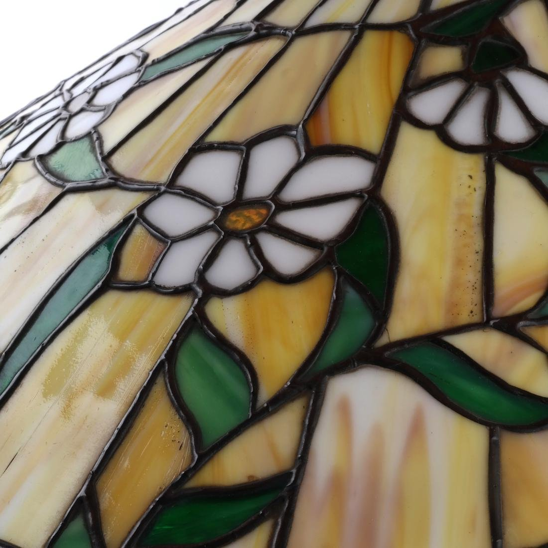 Tiffany-Style Leaded Stained Glass Lamp - 4