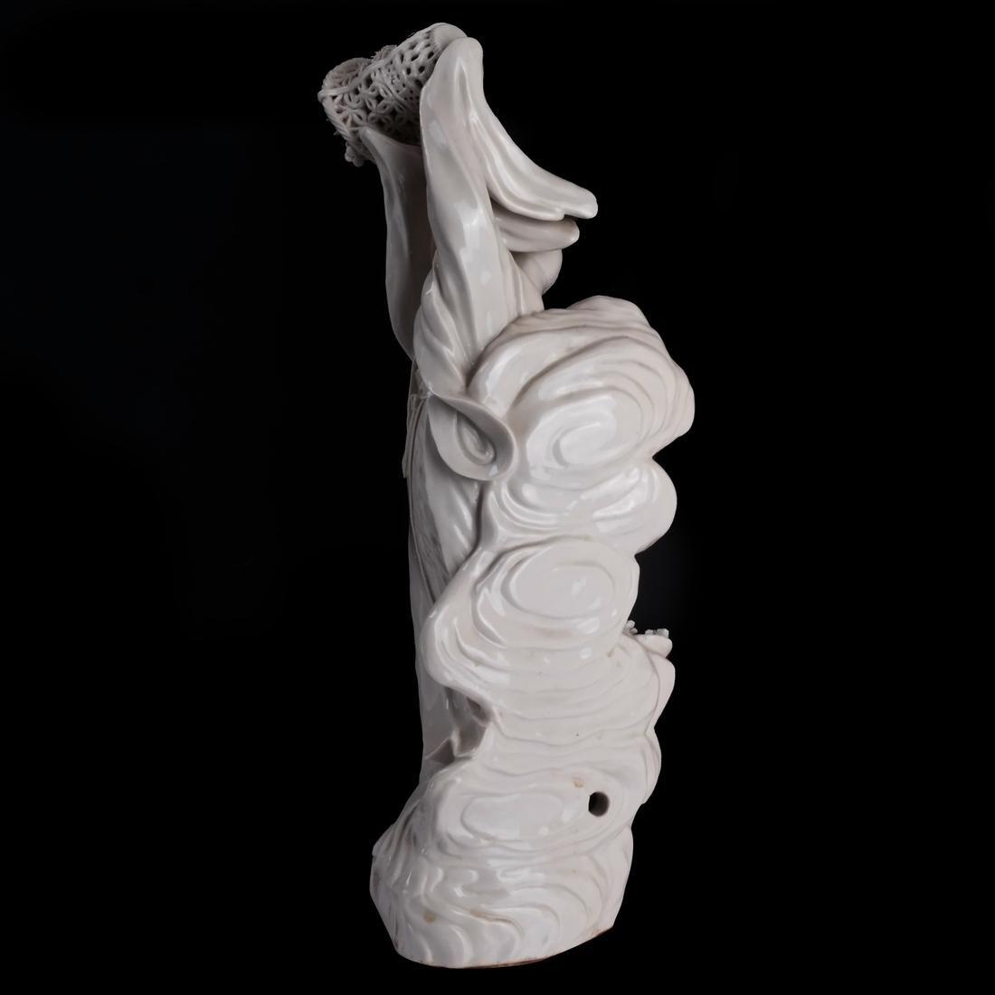 Chinese Dehua Porcelain Maiden - 6