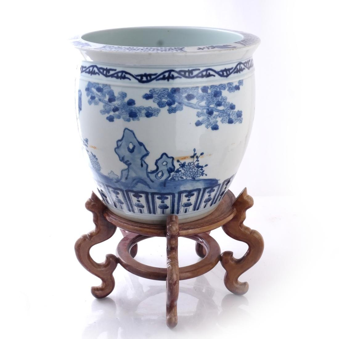 Chinese Porcelain Jardiniere on Stand - 4