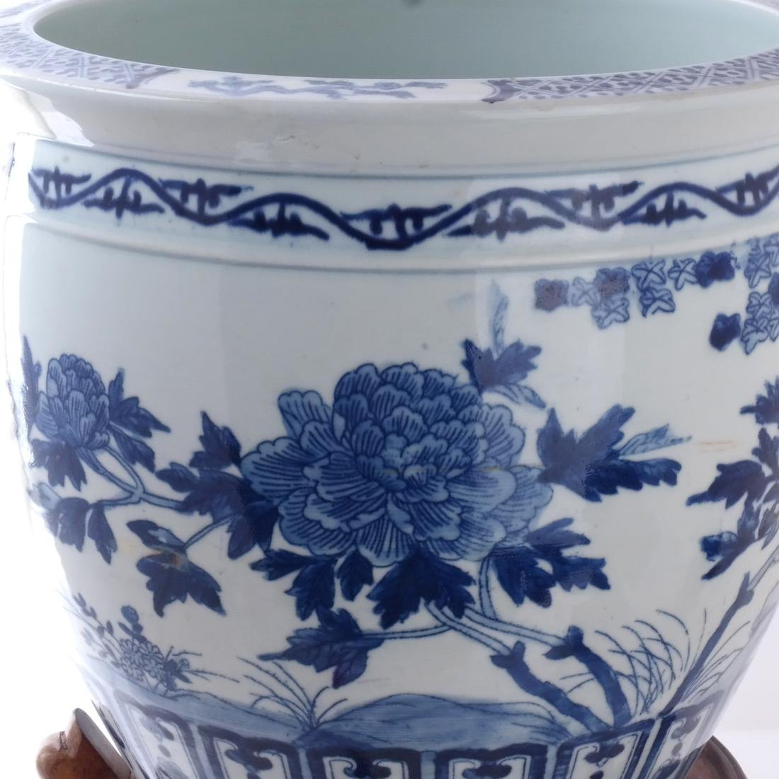 Chinese Porcelain Jardiniere on Stand - 5