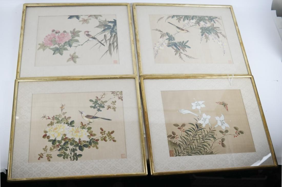 4 Chinese Paintings on Silk - Birds, Flowers