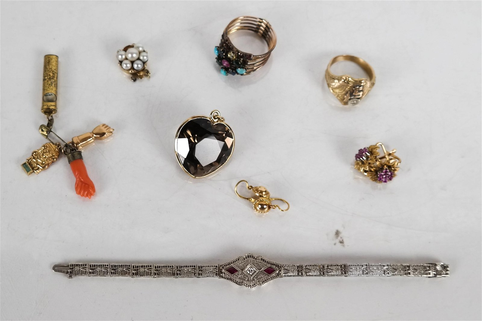 8 Pieces14K and 10K Gold Jewelry 28 DWT