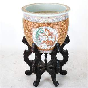 Chinese Famille Rose Porcelain Jardiniere on Stand