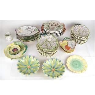Mottahedeh Vintage Leaf Porcelain Dinnerware - 30 Pcs.