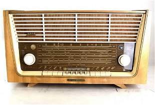 Grundig Majestic Radio, Model 4085