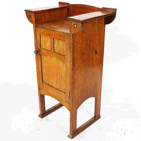 Arts & Crafts Oak Side Cabinet