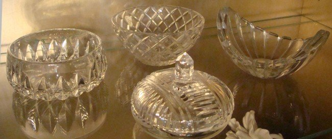 14: 4 Assorted Crystal Nut Dishes