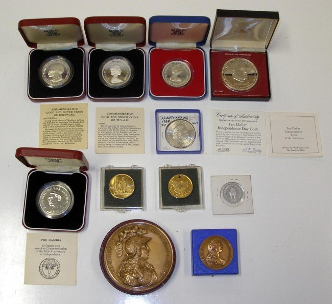 49: 10 Assorted Coins & Medallions