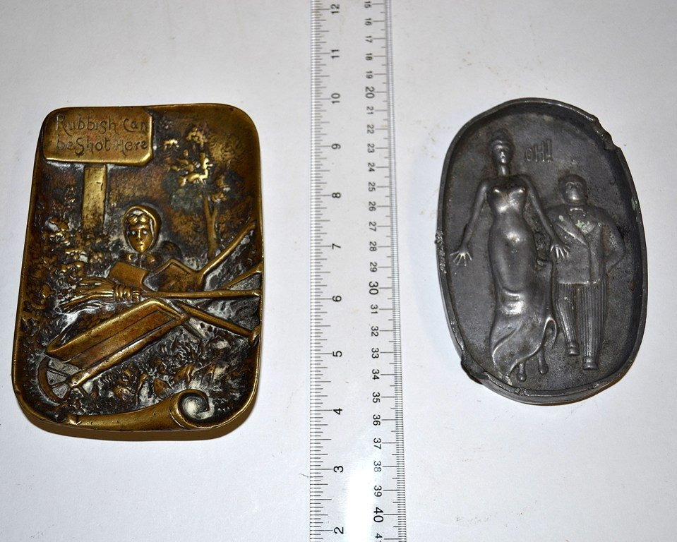 9: Erotic Pen Tray and Plaque