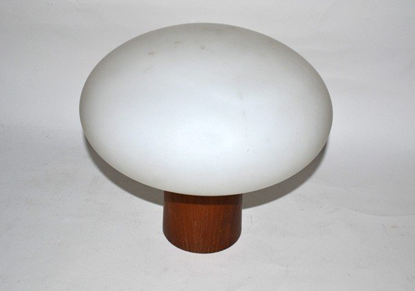 238: Modern Table Lamp