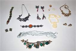 582: Group of Assorted Costume Jewelry