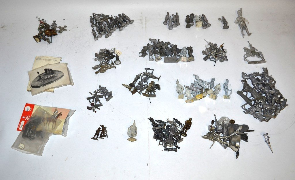 4: Large Group of Antique and Vintage Cast Toy Soldiers