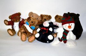 Group Of Vintage Stuffed Animals