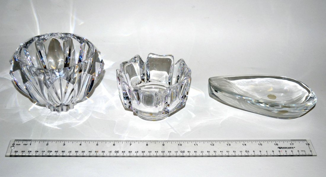 20: Three Modern Crystal Bowls - Lalique & Orrefors