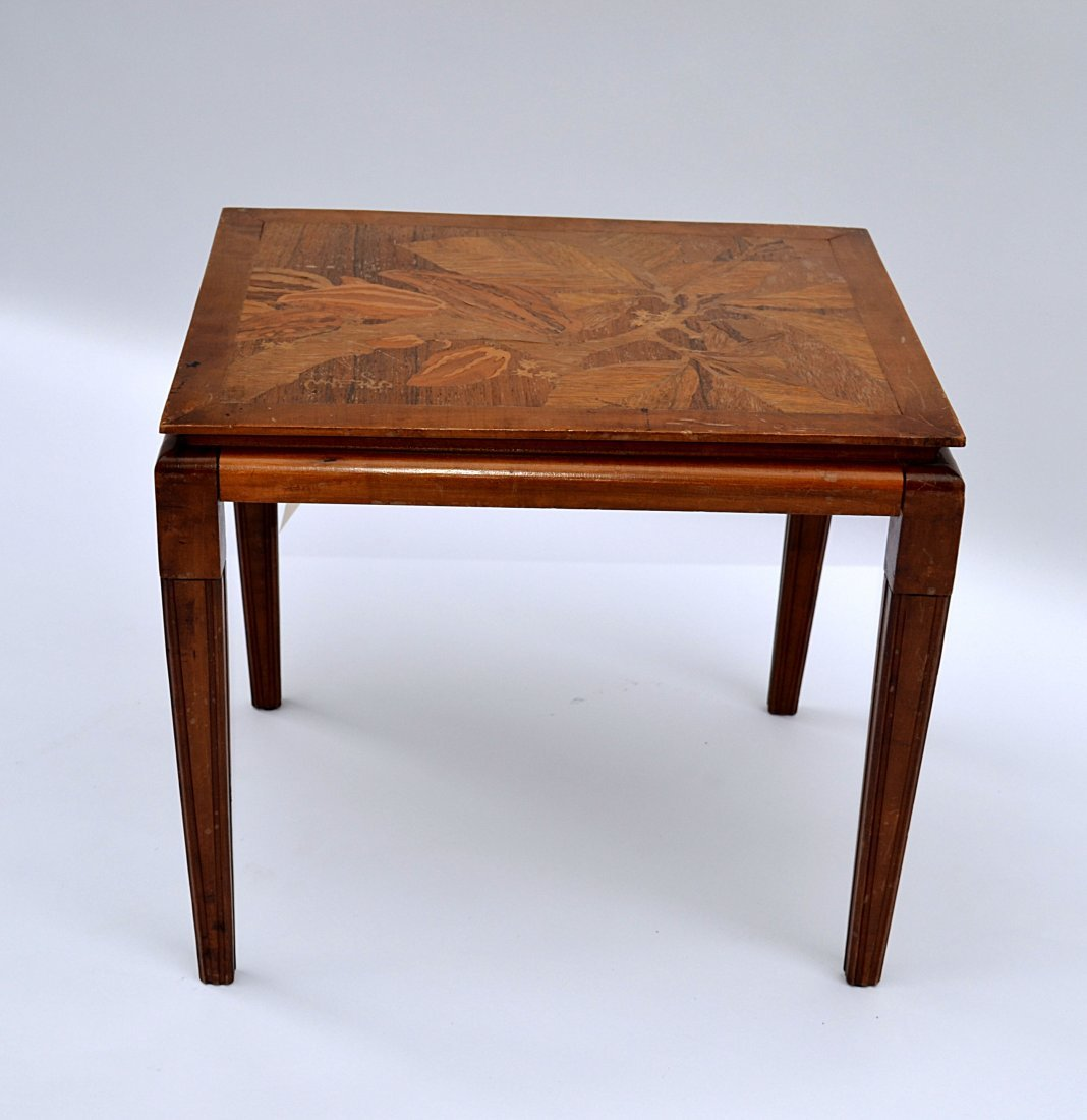 377: Galle Table