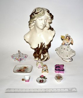 11: Assorted Ceramic Figural Group [10 Items]