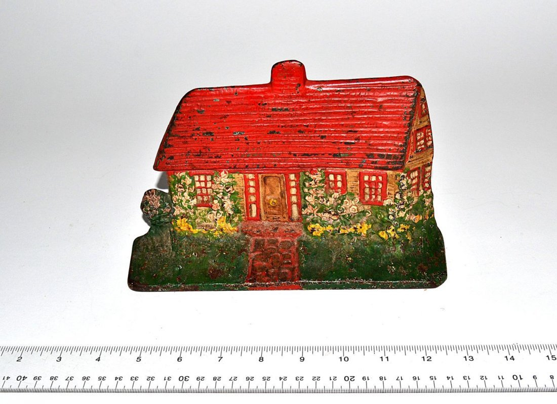 18: Albany Foundry Doorstop - Cottage with Hollyhocks