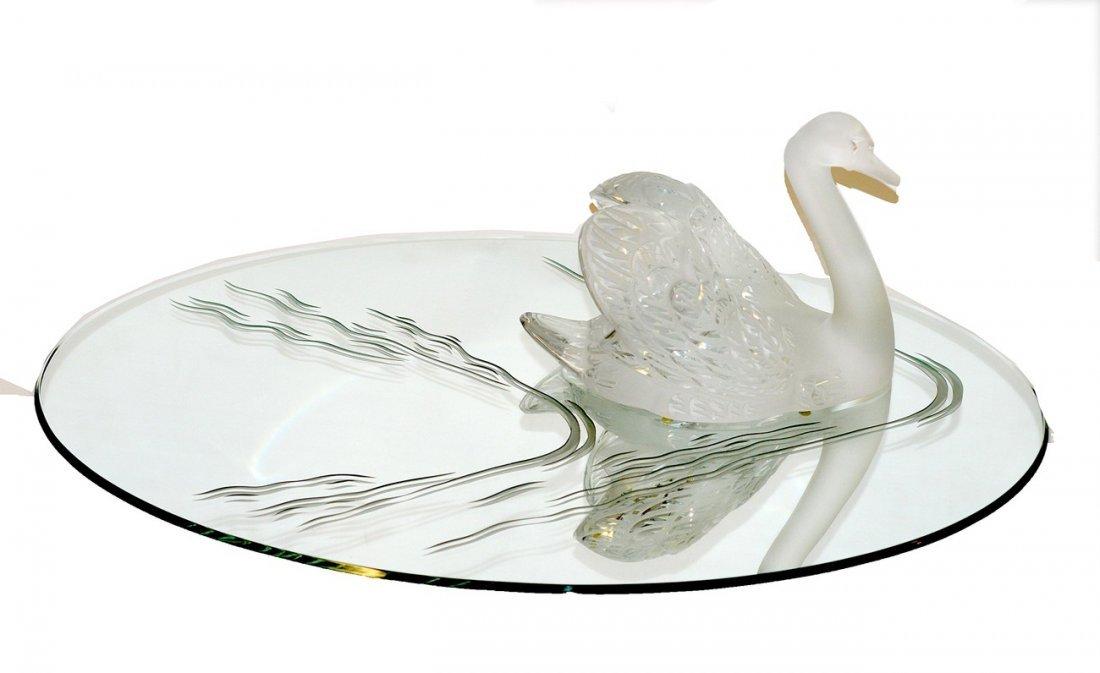 370: Lalique Swan Sculpture