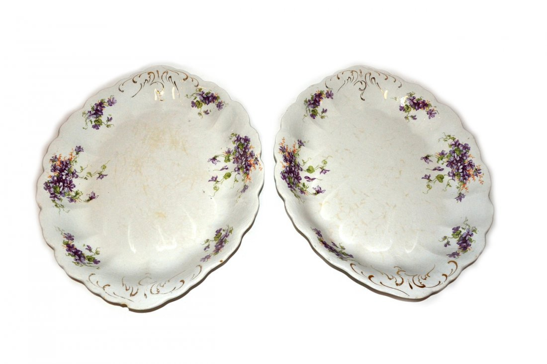 Pair of Oval Scallop Chargers