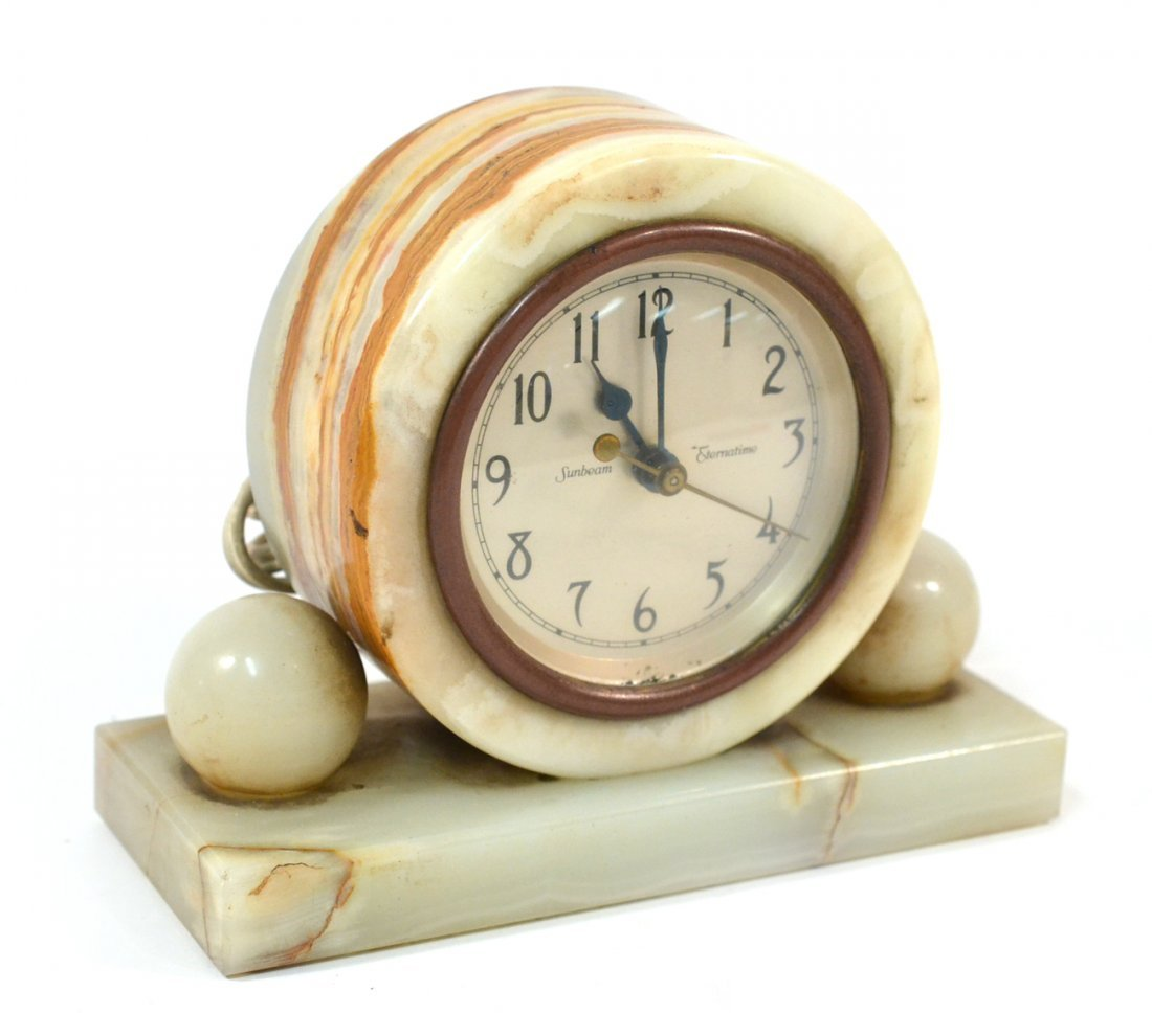 Onyx Electric Clock
