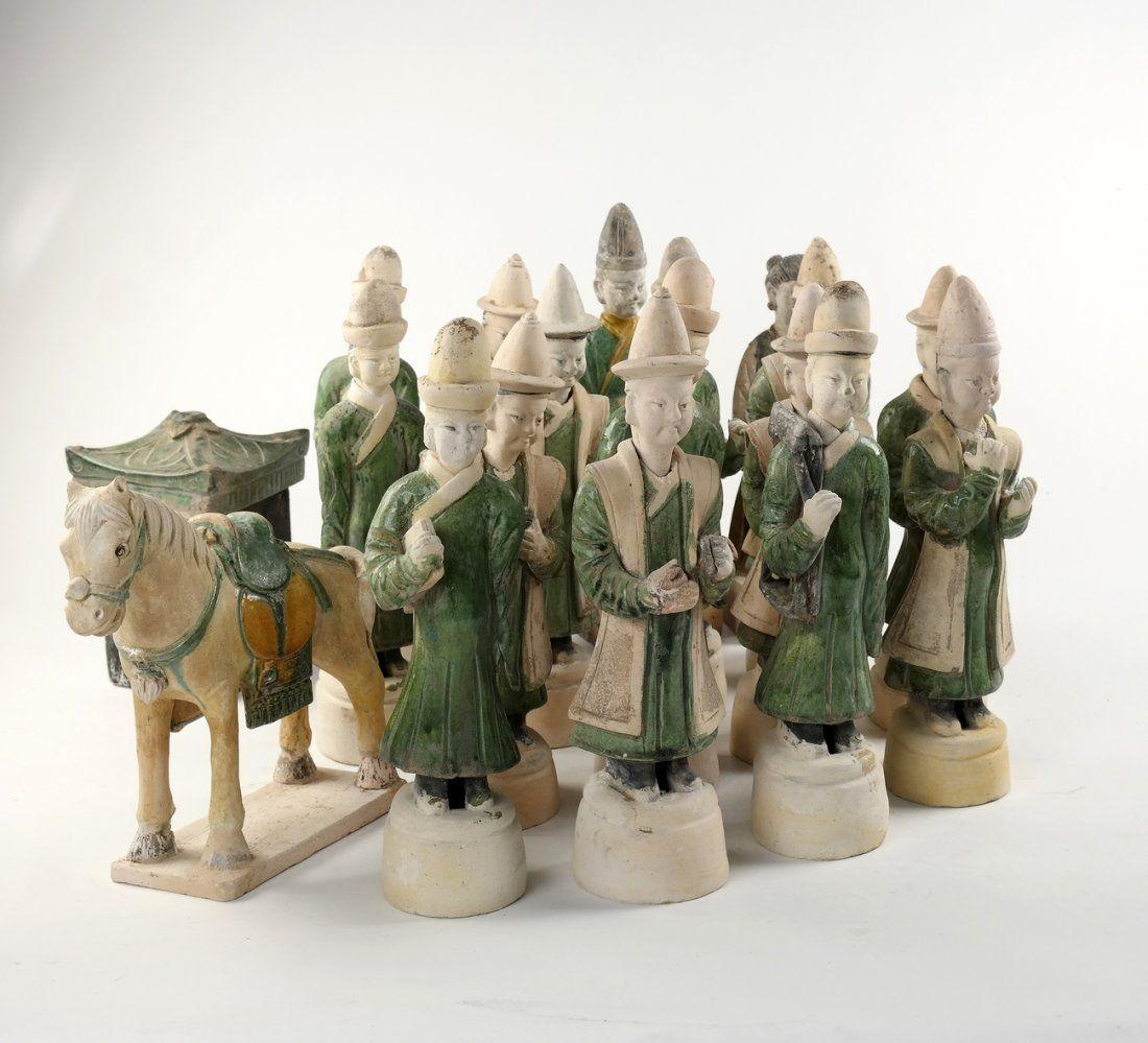 16 Ceramic Figures