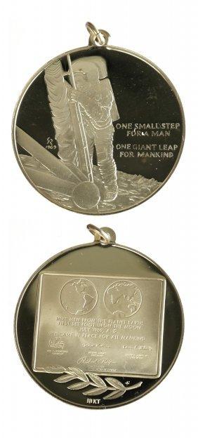 U.S. 1969 Apollo XI Gold Pendant Medal