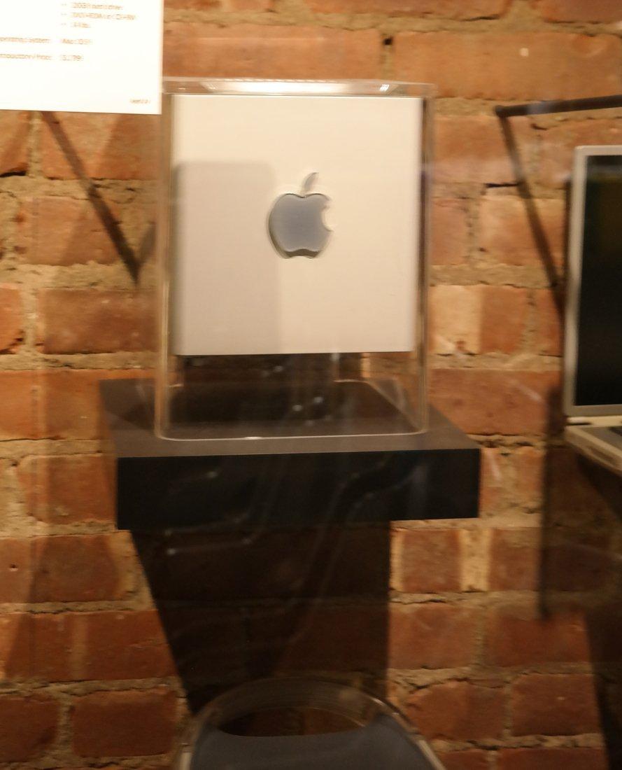 Macintosh Collection - 5
