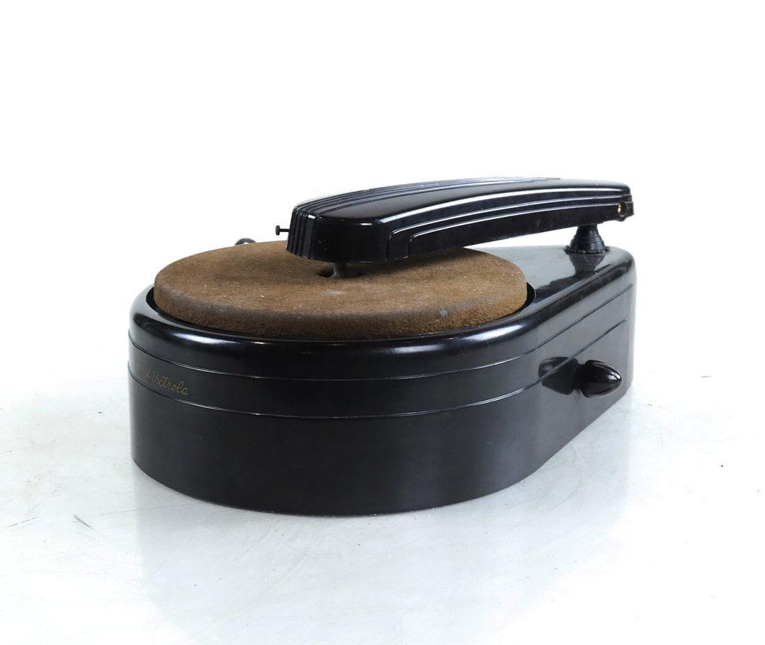 RCA Victor Phonograph, Model R-100
