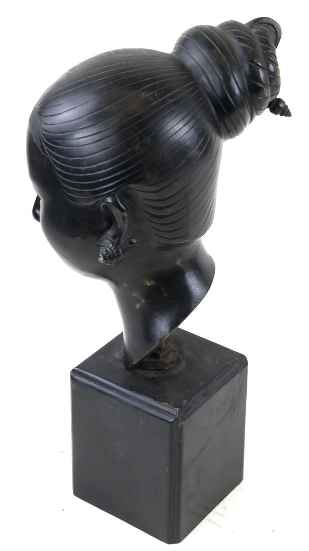 Chinese Bronze Head Of A Young Woman - 2