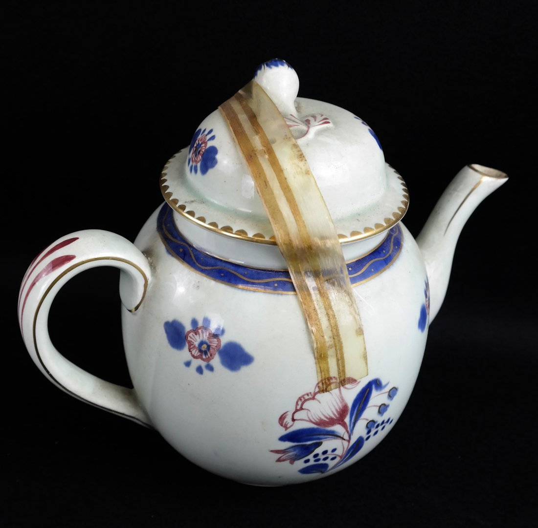 35 Various English Porcelain Items - 6