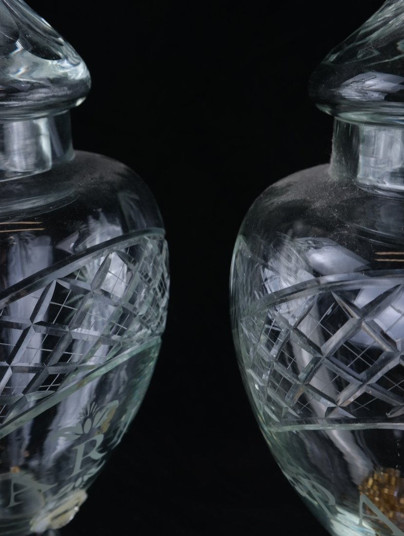 Pair of Large Glass Urns - 5