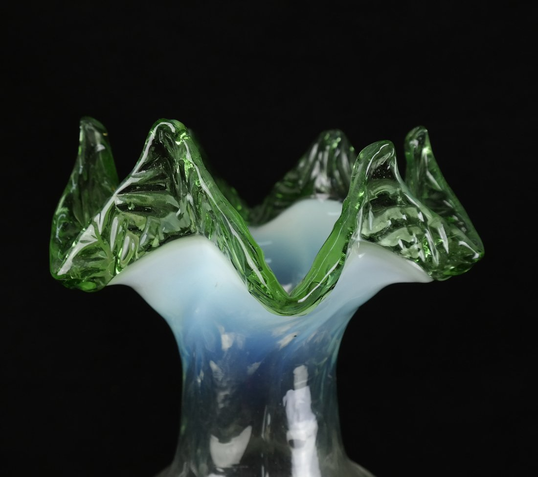 Victorian Glass Epergne - 3