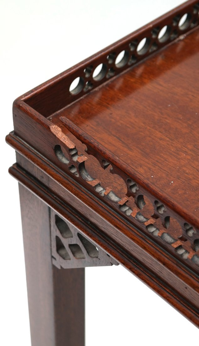 Pair of George III-Style Side Tables - 4