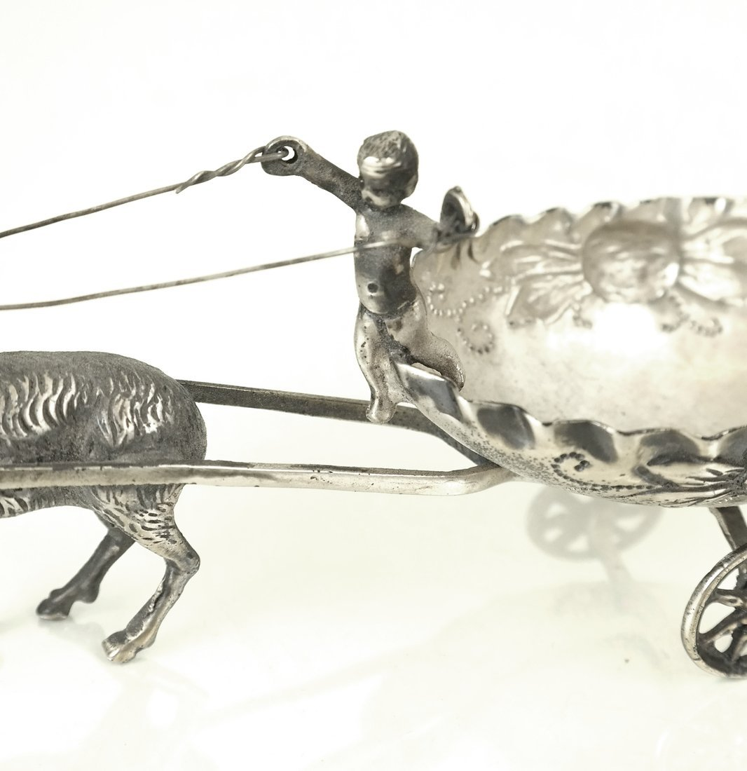 Two Continental Silver Table Decorations - 4