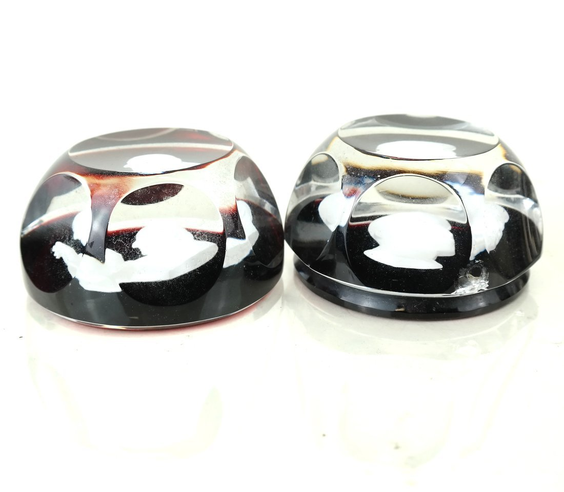 Two Baccarat Glass Sulphide Paperweights - 2