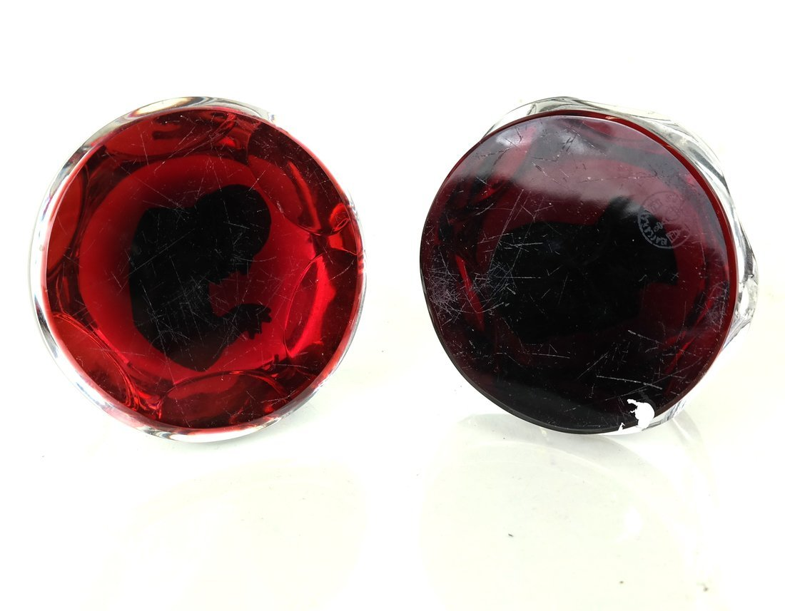 Two Baccarat Glass Sulphide Paperweights - 6