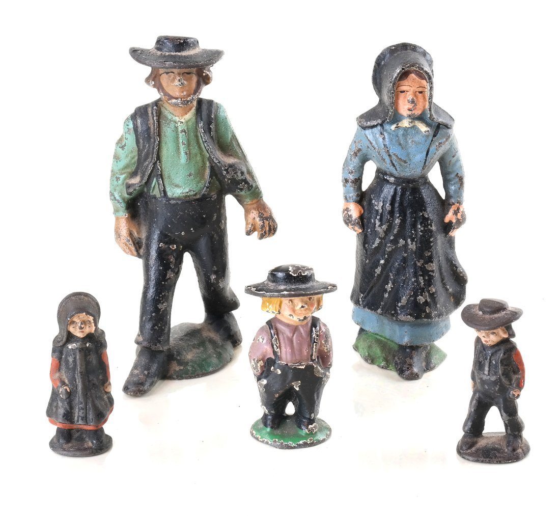 Fifteen Painted Cast Iron Amish Figures - 6