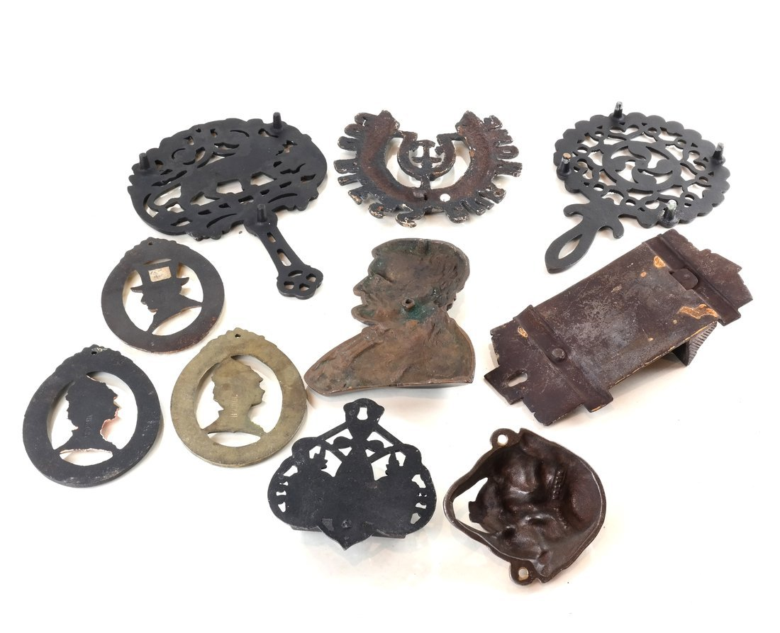 Eleven Cast Iron Various Items - 3