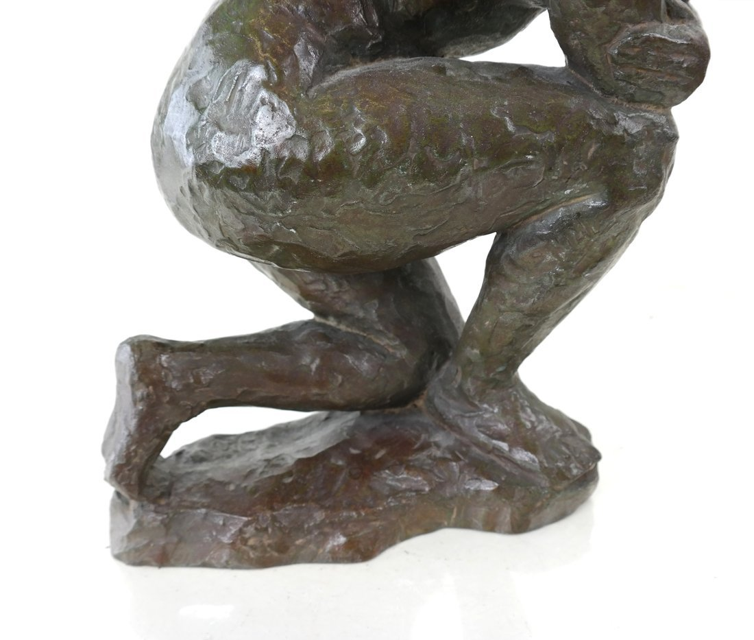Bronze Kneeling Female Nude - 3