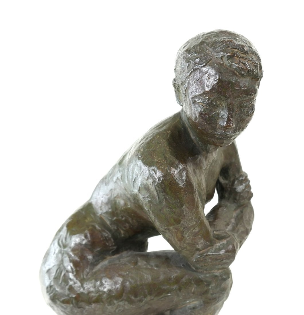 Bronze Kneeling Female Nude - 4
