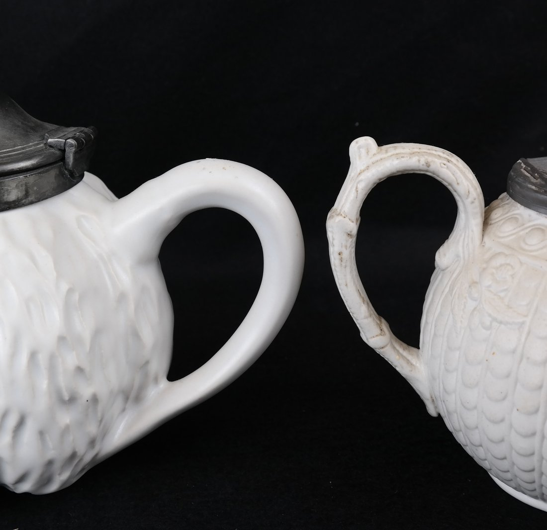 Two Ceramic Teapots - 3